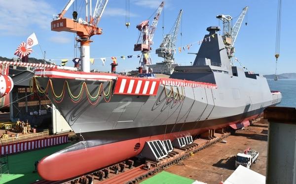 日本の戦艦KumanoはMogamiクラスの一部です。 (日本の国防省)