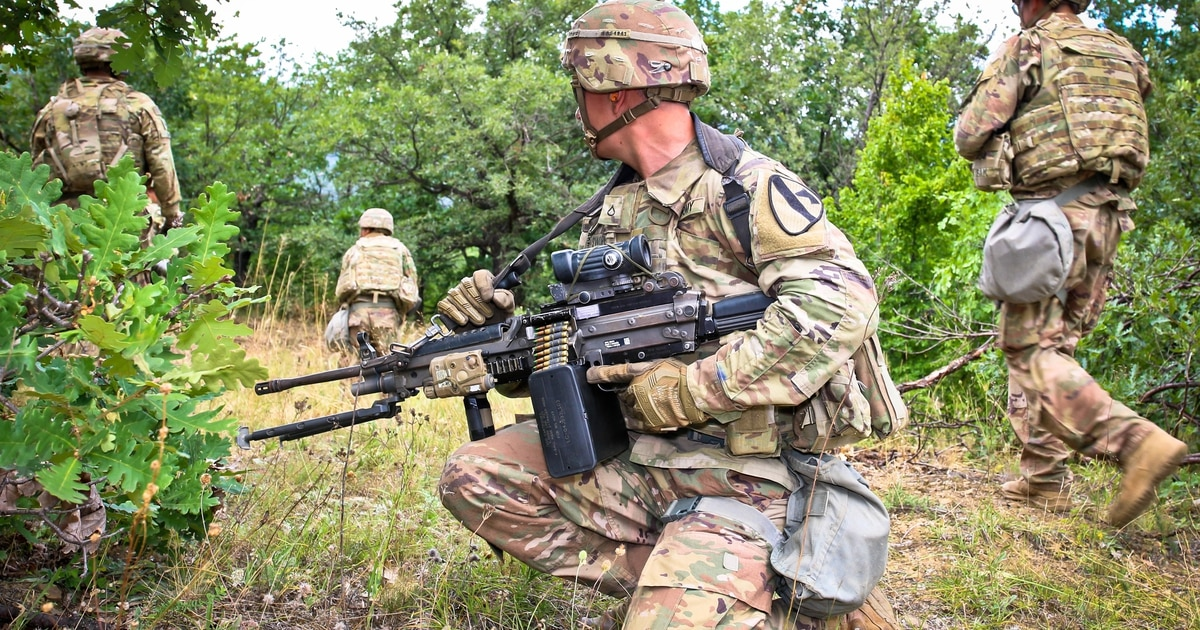 5a167211110 New in 2019  The Army and Marines will test-fire next-gen weapon prototypes  this summer