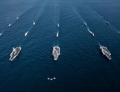 Two readers say the U.S. Navy must assess the best mix of ships for future warfare. (Lt. Aaron B. Hicks/U.S. Navy)