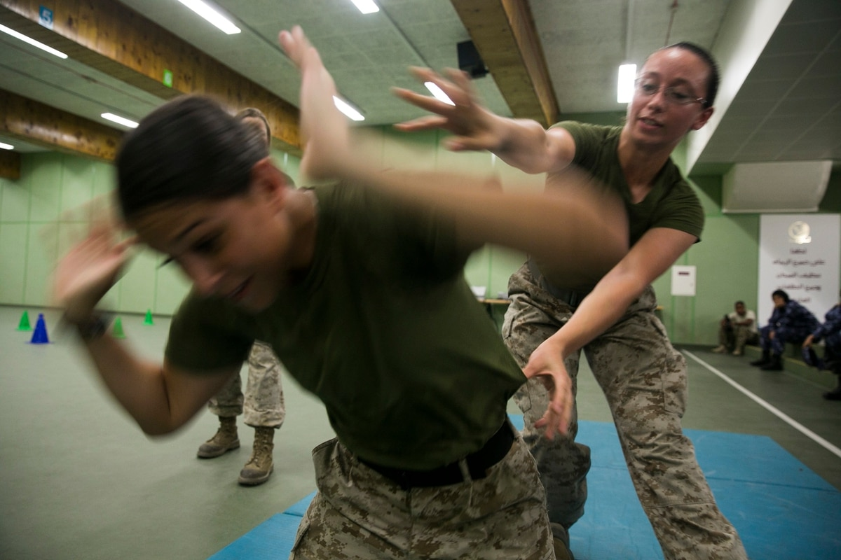 new female engagement team completes mission in qatar
