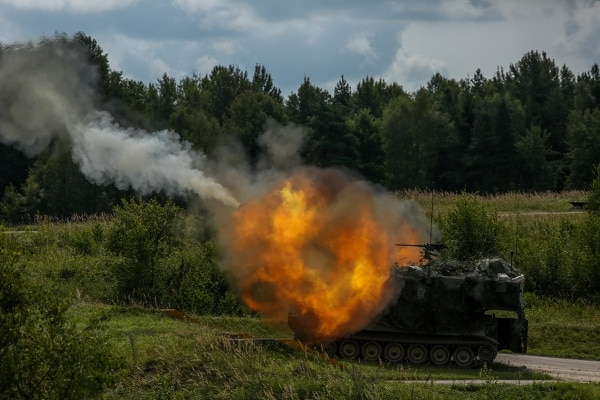 Soldiers from 3rd Armored Brigade Combat Team, 4th Infantry Division, fire a M109A6 Paladin howitzer while conducting live-fire training at the Grafenwoehr Training Area in Germany, Aug. 21, 2017. (Pfc. Zachery Perkins/Army)
