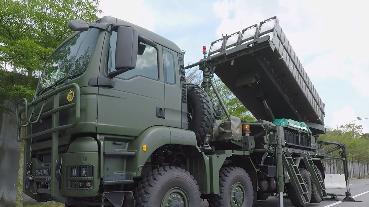 Singapore confirms delivery of Aster 30 missile with video post