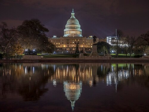 Congress decided once again to delay the decision on whether to increase federal employee pay for 2019. (J. Scott Applewhite/AP)