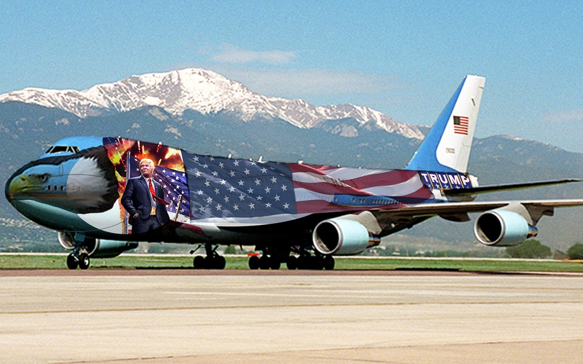 Trump's giving the Air Force One a patriotic makeover