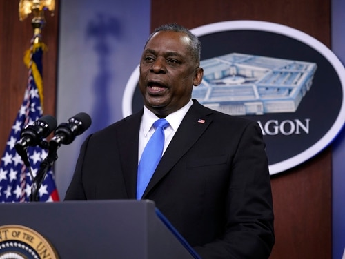 Defense Secretary Lloyd Austin speaks at the Pentagon, Feb. 10, 2021. (Patrick Semansky/AP)