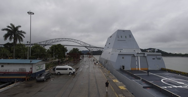 161130-N-HV059-005 BALBOA, Panama (Nov. 30, 2016) USS Zumwalt (DDG 1000) is shown pier-side near the Bridge of the Americas. Crewed by 147 Sailors, Zumwalt is the lead ship of a class of next-generation destroyers designed to strengthen naval power by performing critical missions and enhancing U.S. deterrence, power projection and sea control objectives. (U.S. Navy photo by Petty Officer 2nd Class Sonja Wickard/Released)