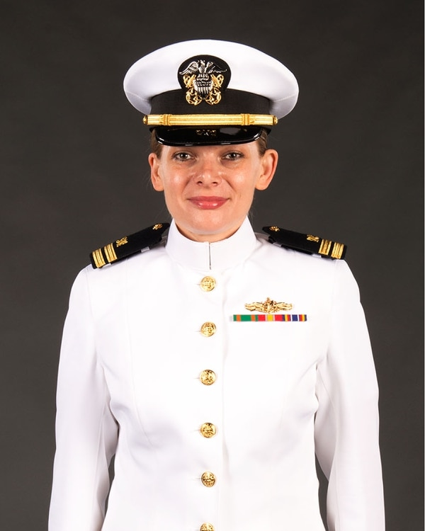Navy to begin testing new female dress uniforms at Naval Academy ... 6dcc178d7