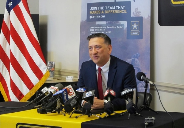 Staff Sgt. David Bellavia, of Lyndonville, N.Y., speaks at a news conference at an Army recruiting station in Cheektowaga, N.Y., Tuesday, June 11, 2019. (Carolyn Thompson/AP)