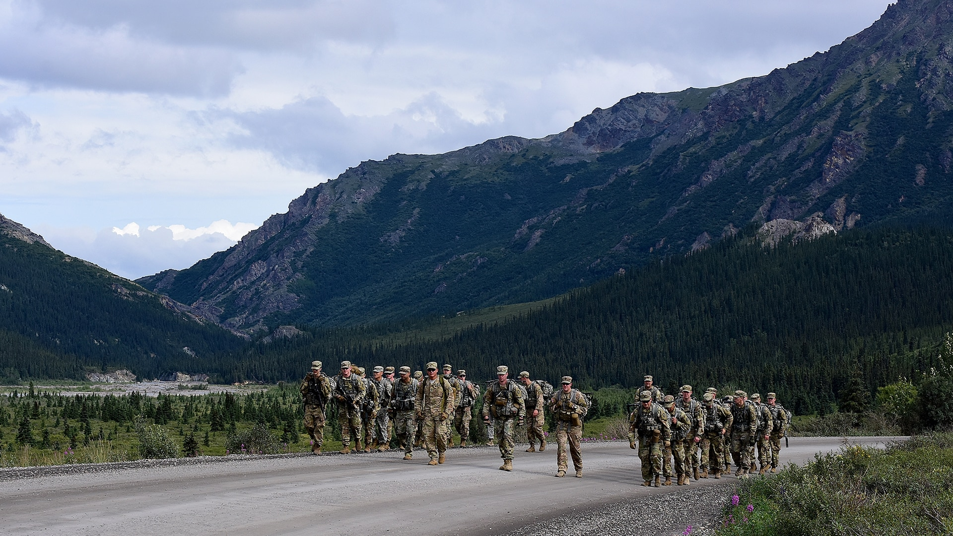 Soldiers assigned to 1st Stryker Brigade Combat Team, 25th Infantry Division, take part in a 26.2-mile foot march in Denali National Park, Alaska, July 26, 2017. (John Pennell/Army)