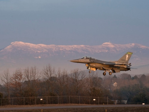 An F-16 Fighting Falcon lands at the Burlington International Airport, Vermont Air National Guard, Jan. 5, 2019. The Vermont Air National Guard has been flying F-16s since 1986 and prepares for the mission change and F-35 arrival in 2019. (Staff Sgt. Jonathon Alderman/158th Fighter Wing)