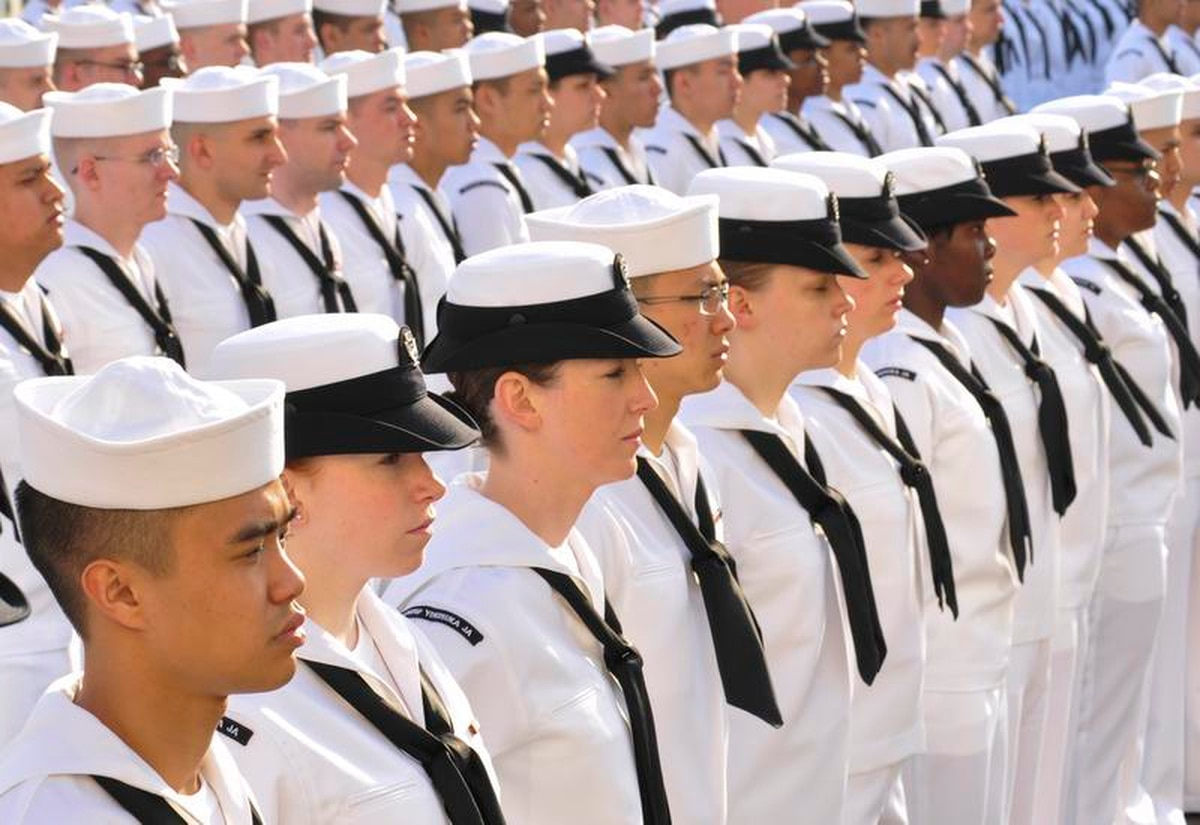 Navy working on better fitting uniforms for female sailors e551c161f