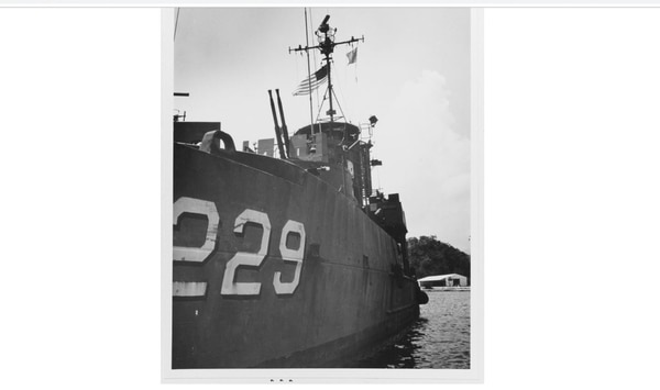 The South Vietnamese landing ship Luu Phu Tho tied up to Buoy 13, Subic Bay Naval Base, Philippine Islands, on May 21, 1975, after the fall of South Vietnam. (National Archives)