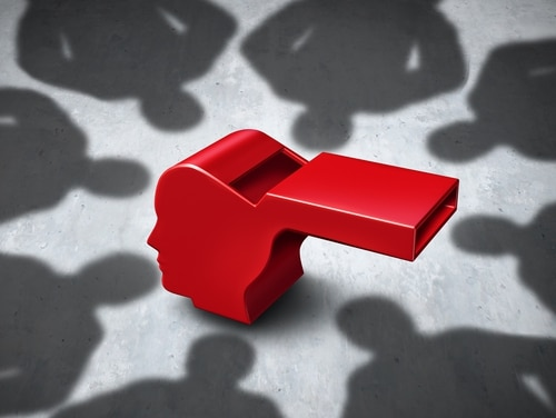 The Government Accountability Office wants congressional offices to take certain steps when interacting with federal whistleblowers. (wildpixel/Getty Images)