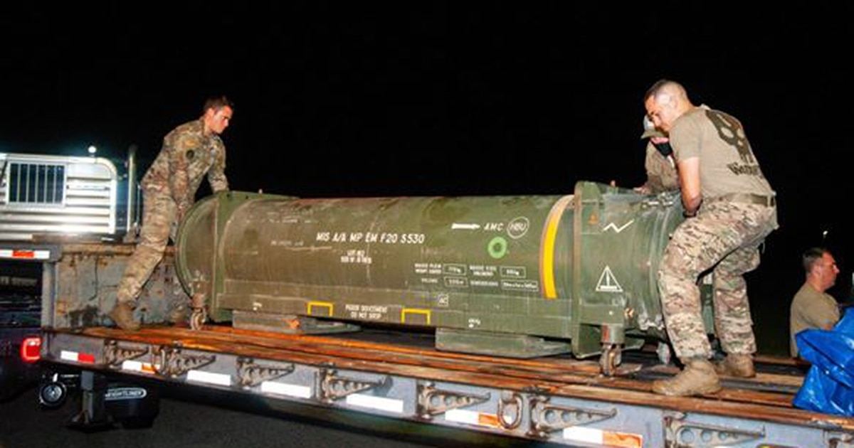 MacDill EODs remove French air-to-air missile from Florida airport