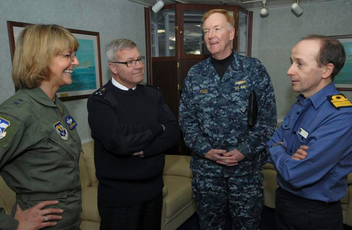 Submariner tapped to lead 6th Fleet