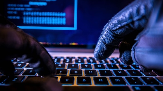 The U.S. government has put a glove on hacking back, but support for the idea has recently grown. (Welcomia)