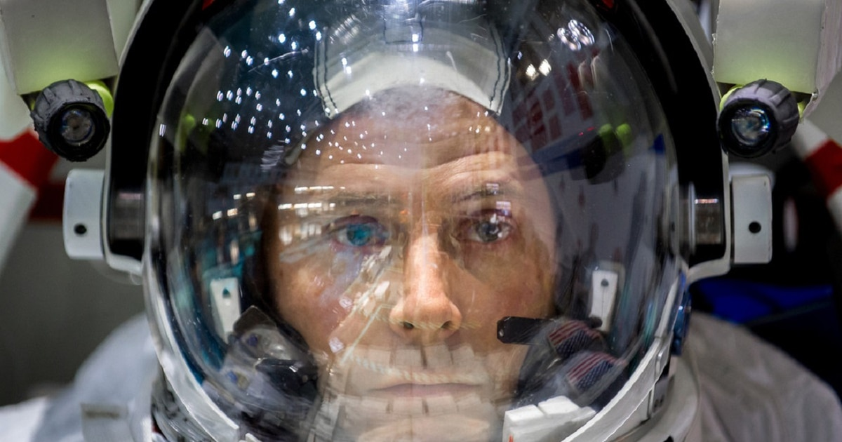 Astronaut Nick Hague, an Air Force colonel, reaches space ...