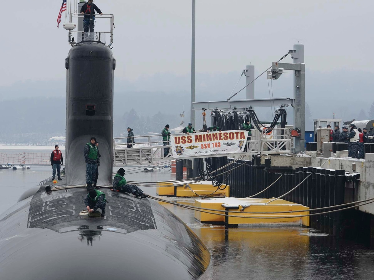 acfca7b820 10, 2013) The Virginia-class attack submarine USS Minnesota (SSN 783)  completes a two-day transit from Norfolk, Va., to its new permanent  homeport at Naval ...