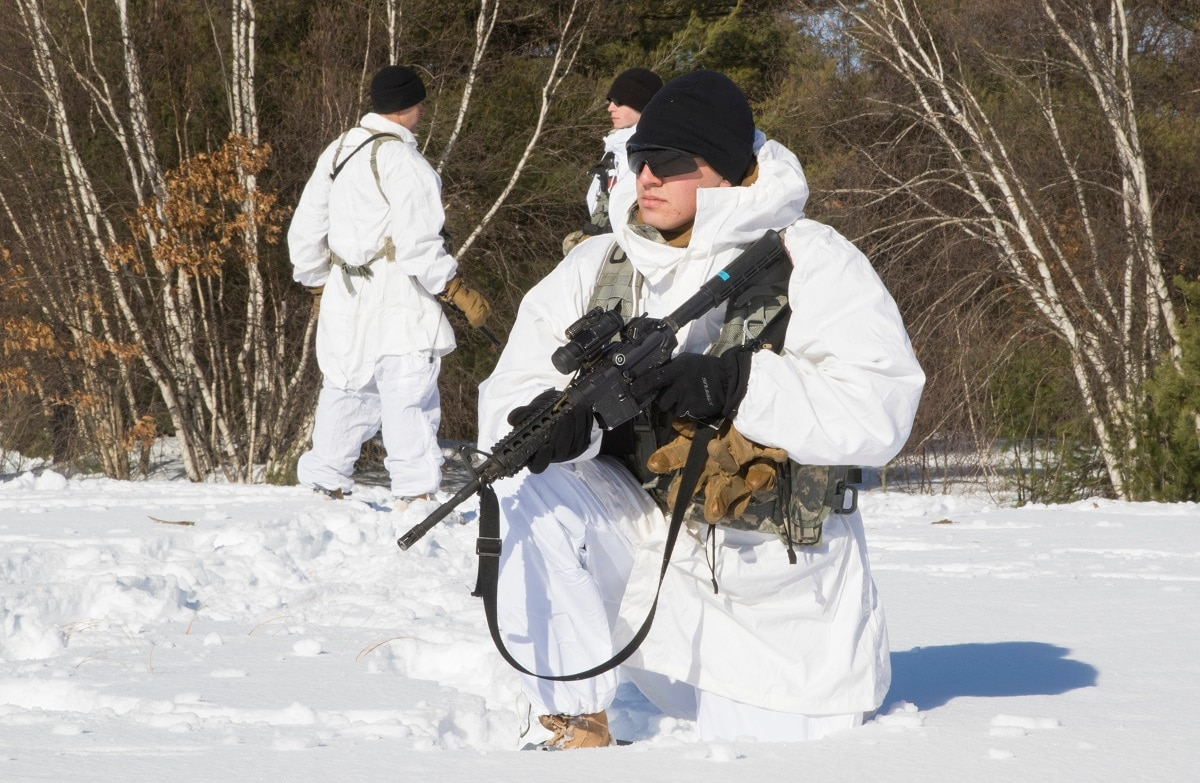 Army issues new skis, gear for soldiers training to fight in
