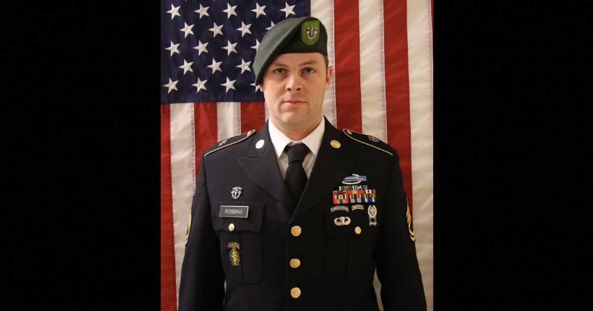 e11bede4 10th Group Green Beret dies from non-combat incident in Helmand