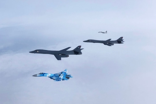 A Ukrainian Su-27 Flanker and MiG-29 Fulcrum escort two B-1B Lancers during a training mission to the Black Sea region of Europe on May 29, 2020. During the Bomber Task Force mission, the bombers trained on how they would use the Long Range Anti-Ship Missile. (Ukrainian Air Force)