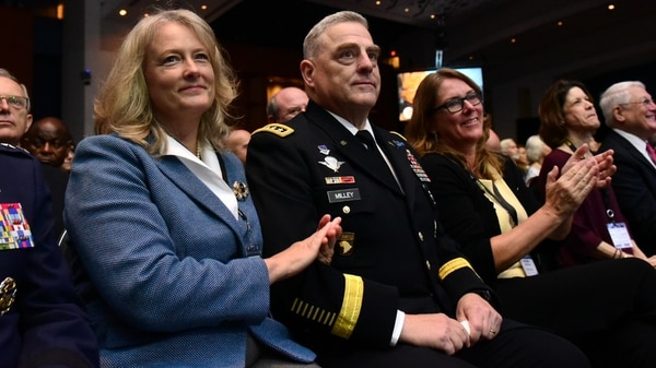 Army Chief of Staff Gen. Mark MIlley and his wife Hollyanne enjoy the opening ceremony for the 2018 annual meeting and exposition in Washington. (Stephen Barrett/Special to Defense News & Army Times)
