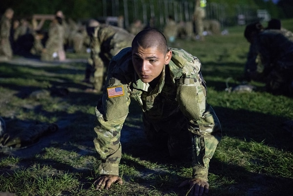 Soldiers attending basic combat training conduct physical fitness training on Sept. 10, 2016, at Fort Jackson, S.C., (Staff Sgt. J Byers/Army Reserve)