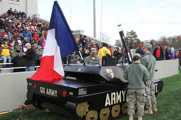 Army Spirit Tank with French Flag 2