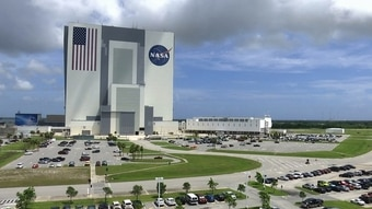 NASA governance over IT investments is not up to par, according to the agency's inspector general. (Alex Sanz/AP)
