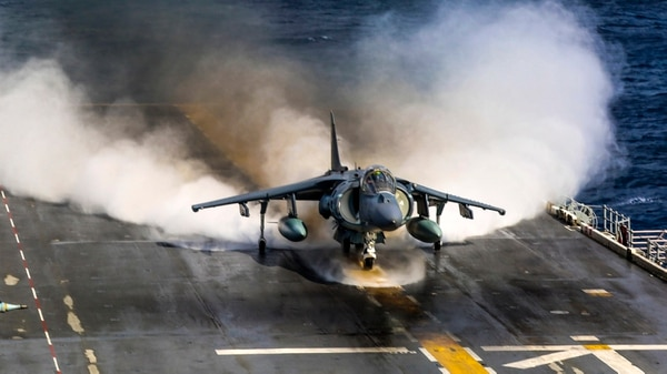 A Marine Corps AV-8B Harrier with Marine Medium Tiltrotor Squadron (VMM) 162 (Reinforced), 26th Marine Expeditionary Unit (MEU), takes off from the amphibious assault ship Iwo Jima (LHD 7) as part of Combined Composite Training Unit Exercise (COMPTUEX) in the Atlantic Ocean. (Cpl. Jon Sosner/Marines)