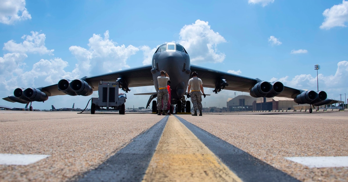 Air Force general: Two-bomber fleet is the future