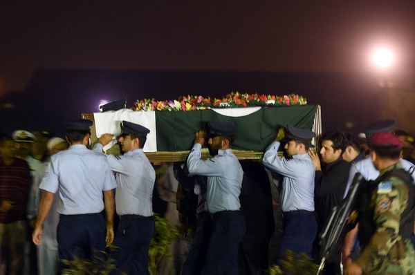 Pakistan Air Force (PAF) soldiers carry the coffin of female fighter jet pilot Marium Mukhtiar, who was killed in a crash during a training mission, at the Faisal Air Base in Karachi on November 24, 2015. One of Pakistan's few female fighter jet pilots was killed in a training crash on November 24, the air force said in a statement, adding that she was the first of its women pilots to
