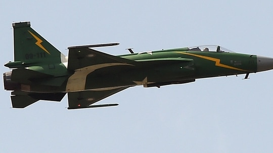 A Pakistani JF-17 Thunder performs during celebrations to mark the country's Defence Day in Islamabad on Sept. 6, 2015. (Aamir Qureshi/AFP)