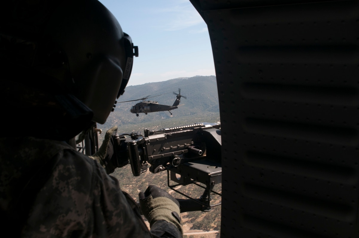 US Army Tests Active-Reserve Aviation Units