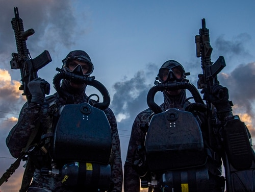 Sailors assigned to Naval Special Warfare Group 2 conduct dive operations on the East Coast of the United States in 2019. (Navy)