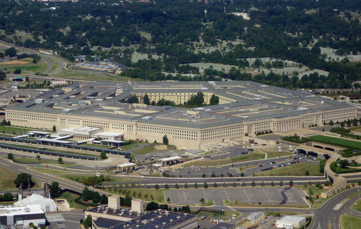 Pentagon says Microsoft still deserves $10 billion JEDI cloud contract