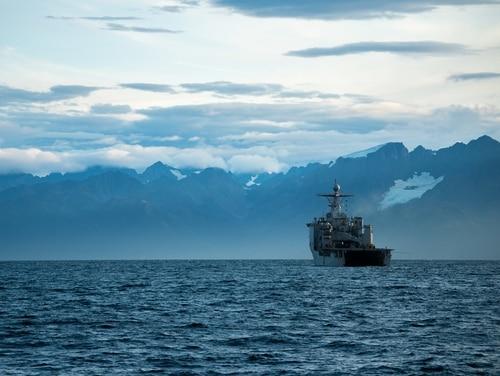 The amphibious dock landing ship Comstock transits the Gulf of Alaska on Sept. 16. (Mass Communication Specialist 2nd Class Nicholas Burgains/Navy)