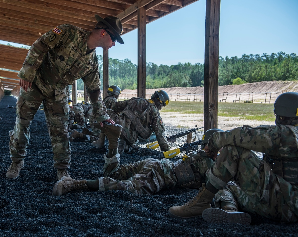 new in 2017 special duty pay roster adds old guard units ups drill