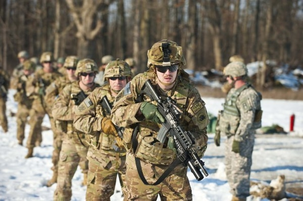 Army pilot links active, Guard and Reserve units for ...