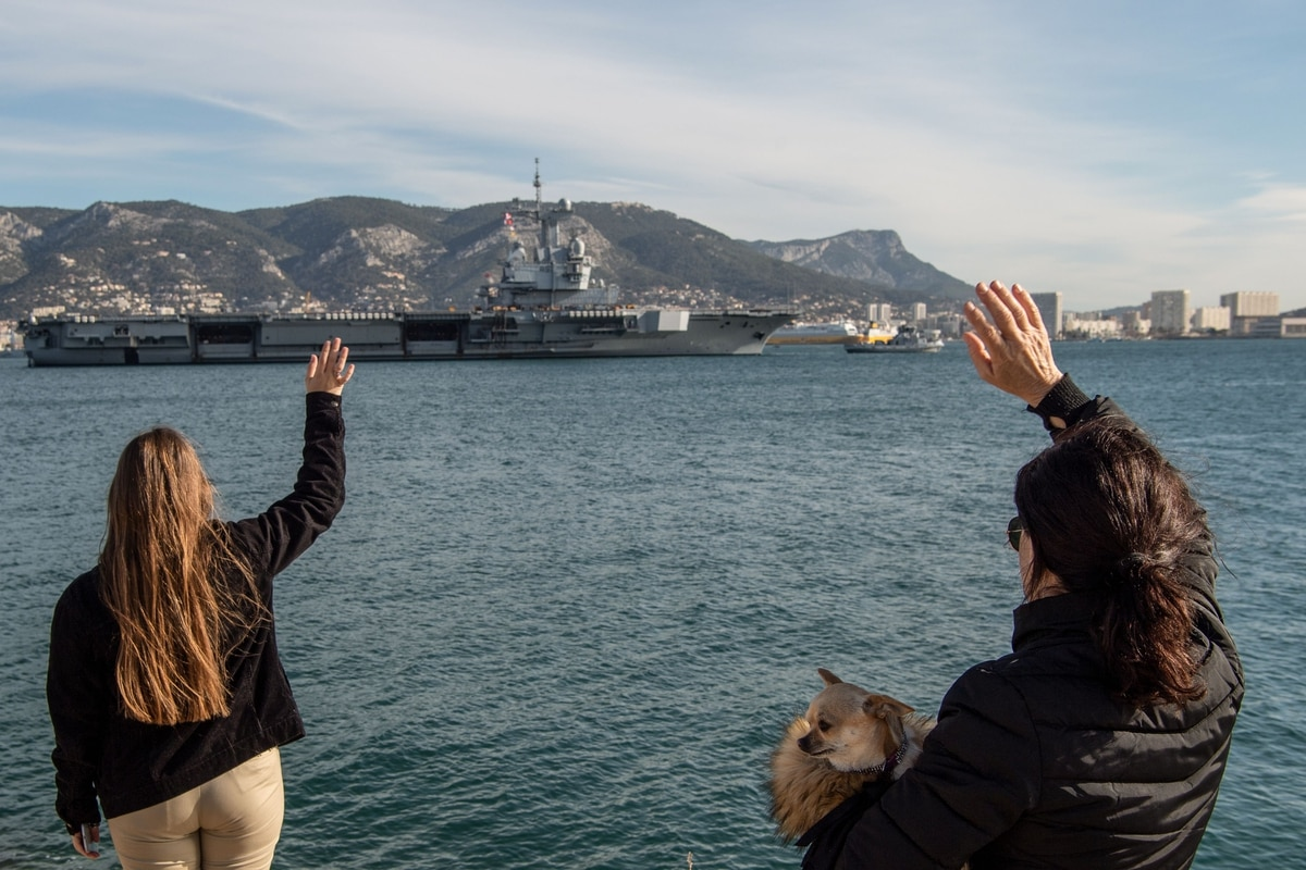 The strange case of a 'European aircraft carrier'