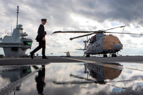 The HMS Queen Elizabeth, Britain's largest warship, was near the Lower New York Bay on Saturday. (Eduardo Munoz Alvarez/AP)