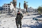 US-backed Syrian fighters clearing war remnants in Raqqa