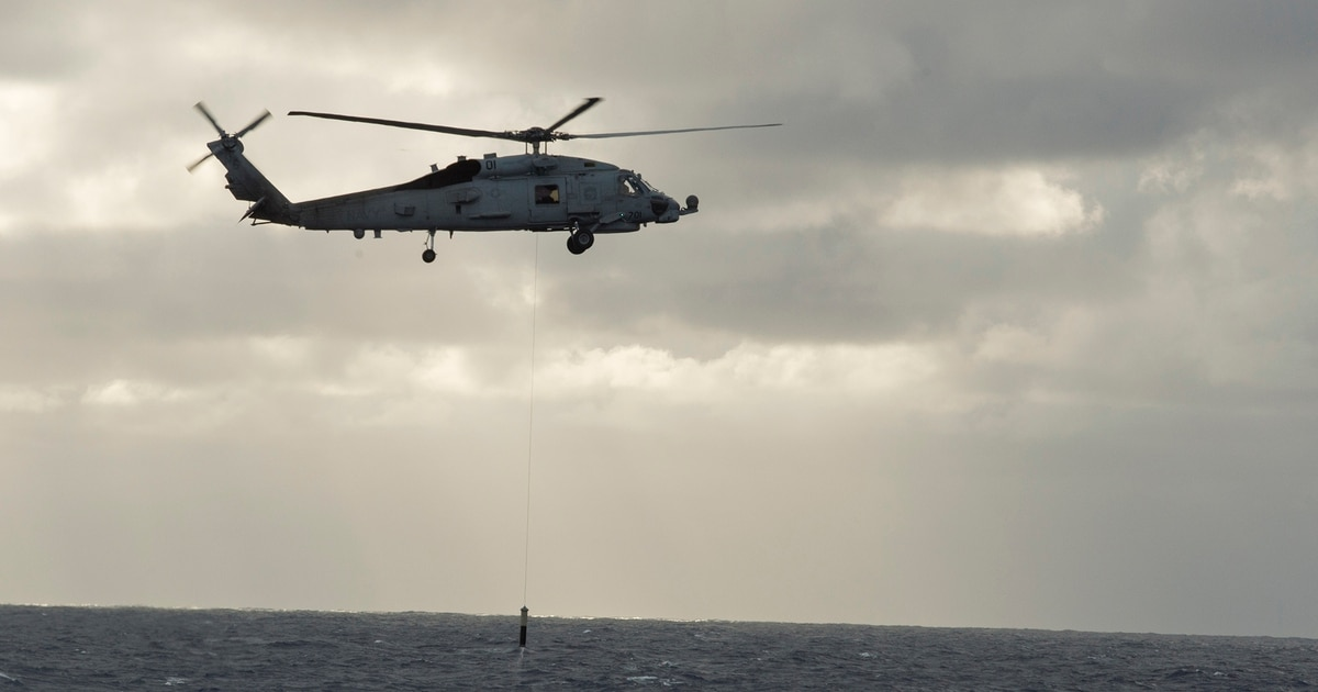 Anti-sub sonar falls off Navy helicopter