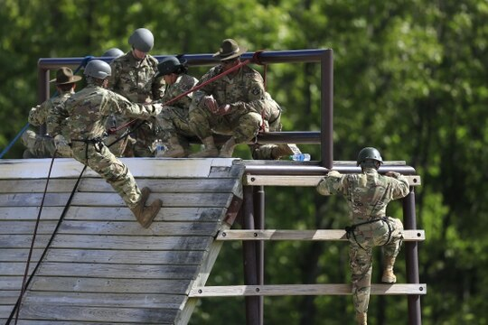 Soldiers train on the Warrior Tower on post at Fort Leonard Wood, Mo. (Orlin Wagner/AP)