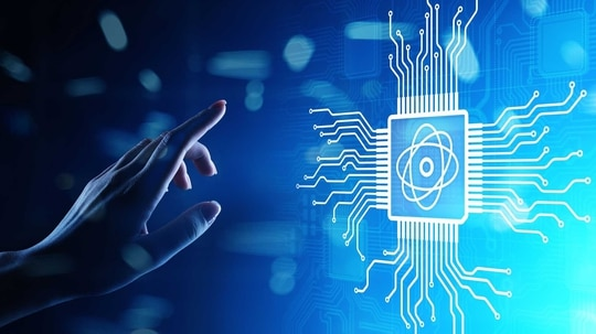 New legislation from Sens. Maggie Hassan, D-N.H., and John Thune, R-S.D., aims to boost America's global competitiveness in quantum computing technology. (Army)