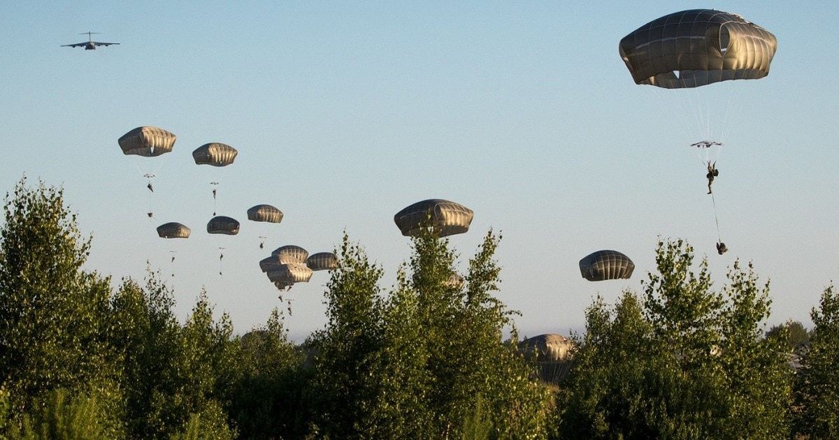 US Military News • US 82nd Airborne Day and Night Air Assault Operation – Estonia, May 8 2021