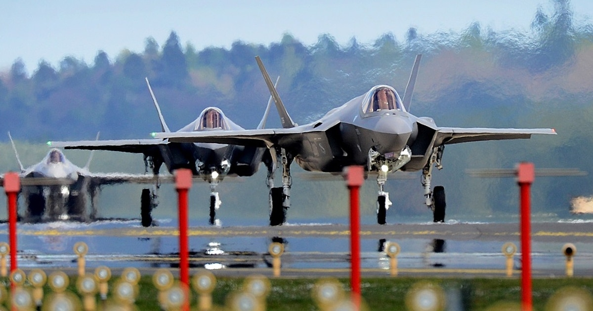 """Does the """"F"""" in F-35 stand for """"Failure"""" or """"Flop""""? - cover"""