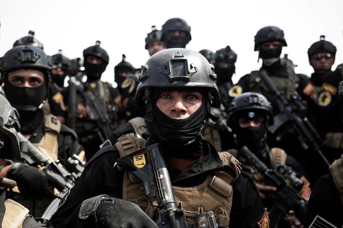 Ukrainian Army Police Patch Dog Unit Flag
