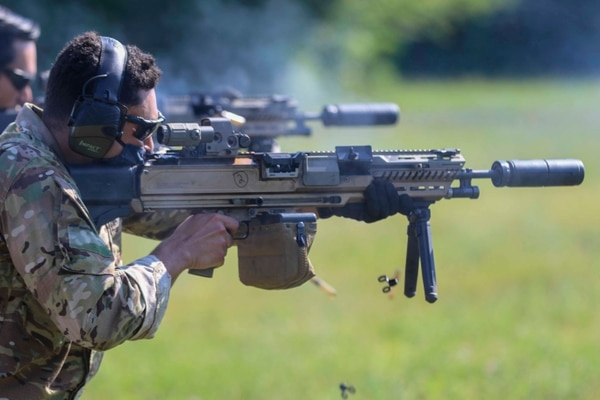 Soldiers from the 10th Mountain Division participate in the testing of Next Generation Weapon Systems aiming to replace the M4 and the M249 at Fort Drum, New York. (Sgt. Cody W. Ewing/Army)