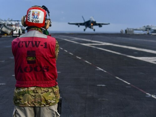 The Pentagon has put the Truman on the chopping block to reap the savings for new technologies, but Congress and analysts are questioning the move. (MC3 Joseph Phillips/U.S. Navy)